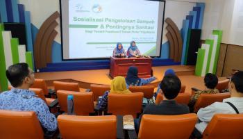 Taman Pintar Eco Management Kampanyekan Kepedulian Lingkungan kepada Tenant Foodcourt