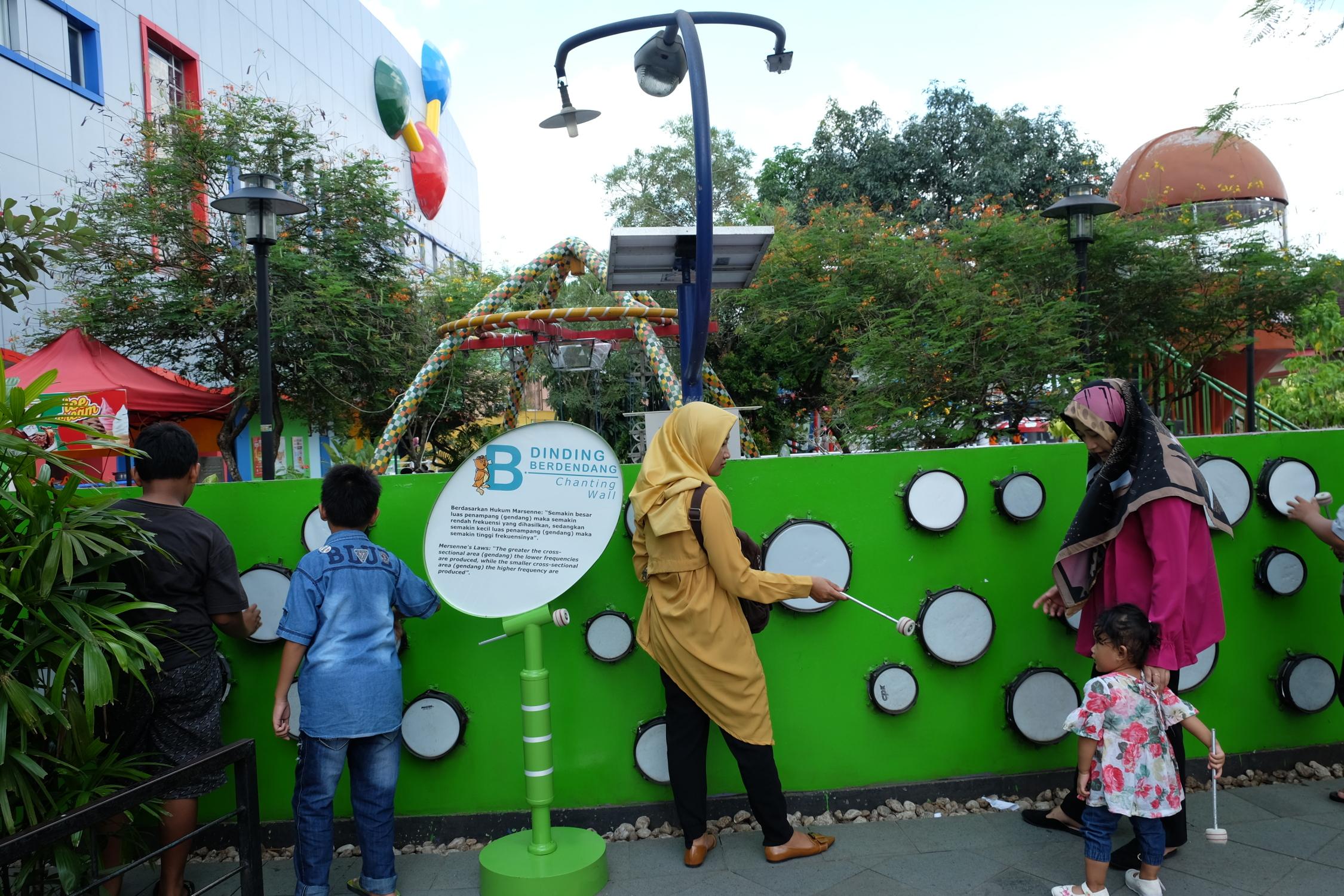 wahana di Playground